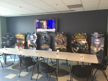 Экскурсия по офису Blizzard: репортаж из США Thumb_23